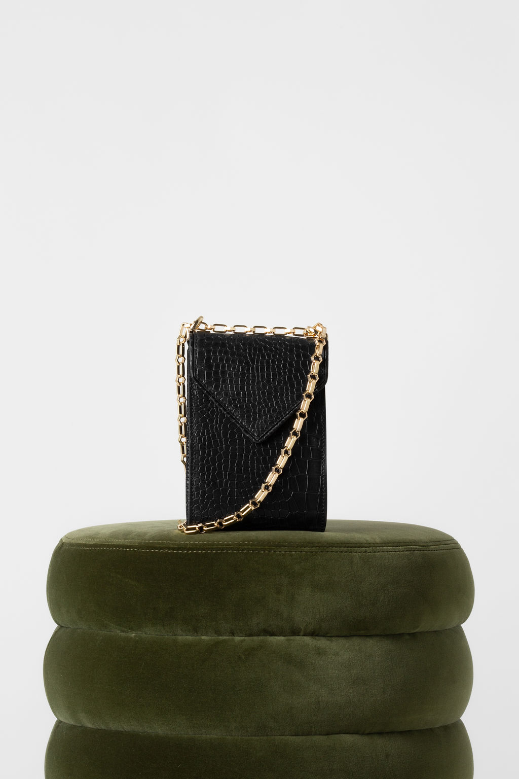 Isabel Phone Pouch In Black Embossed Croc